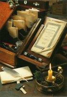 Het Kabinet van de makelaar. Antiquiteiten uit de collectie van Pro Heritage. - The cabinet of the broker.